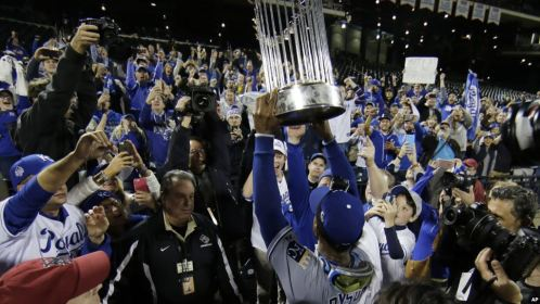 KC Wins World Series voanews
